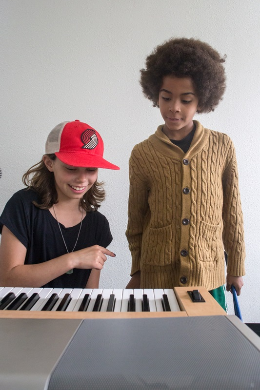 Piano lessons at backbeat music academy in Beaverton OR